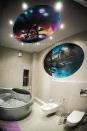 аэрография на стене и потолке